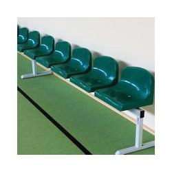 Plastové lavice pre hráčov a do čakární